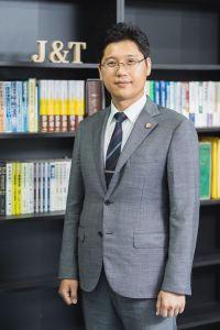 代表弁護士 李 政奎(JUNGKYU LEE)